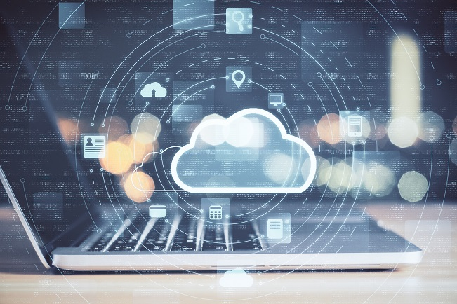 Photo ilustrating employee using cloud apps