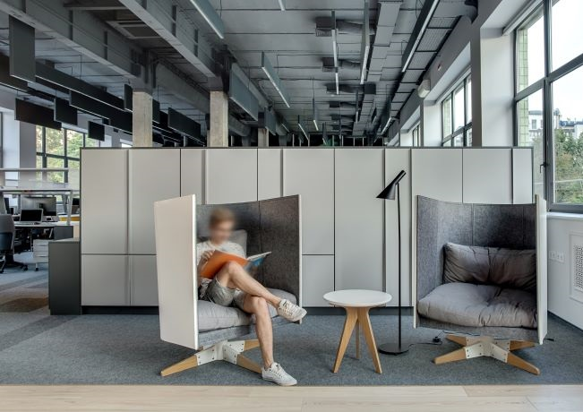 Photo of worker in shared office space